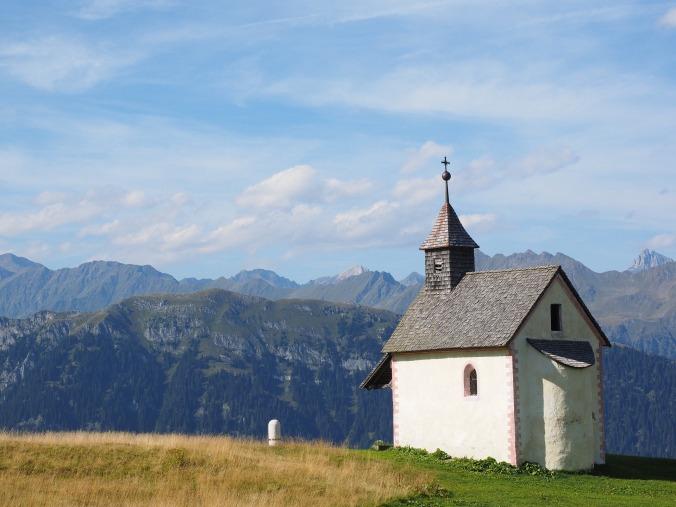 chapel-2738911_1920